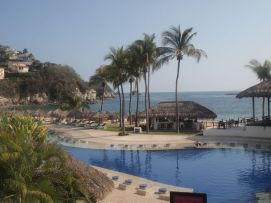 Beautiful main pool, plus plenty of palapas and loungers at the Camino Real Zaashila in Huatulco, Mexico. Credit: Therese Kehler, December 2016