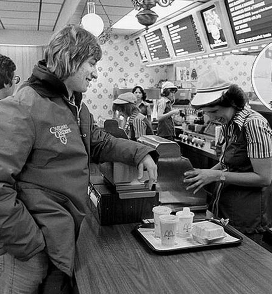 A young Wayne Gretzky ordering at a McDonalds. Photo from strangepersons.com